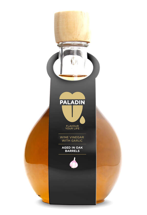 Paladin wine vinegar with garlic